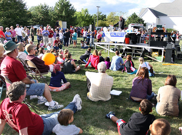 A large crowd watches Mr. Freeze during Saturday's United Fall Fest at the Congregation United Church of Christ.<br />  (Jeff Krage photo for the Kane County Chronicle)