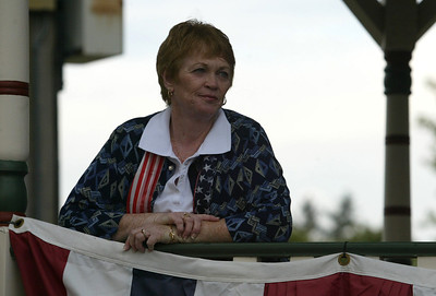 Catherine Portera organizer of the Huntley Constitution Study Group welcomed people to the Huntley Square Gazebo to celebrate Constitution Day. H. Rick Bamman - hbamman@shawmedia.com