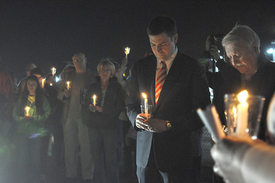 Candlelight vigil in Lombard