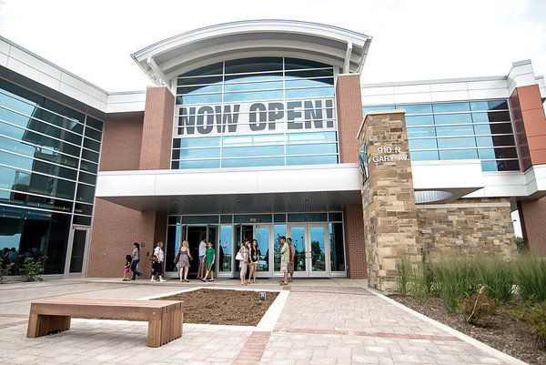 Carol Stream Park District's Fountain View Recreation Center grand opening celebration