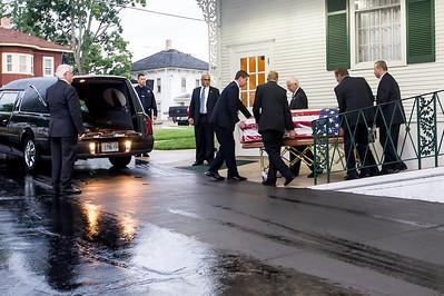 HNEWS_mon0907_Cop_Funeral07.jpg