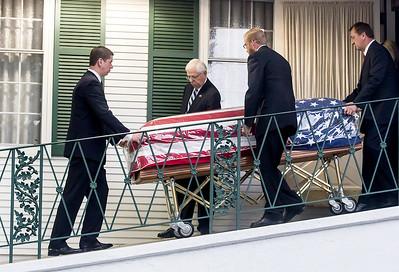 HNEWS_mon0907_Cop_Funeral19.jpg