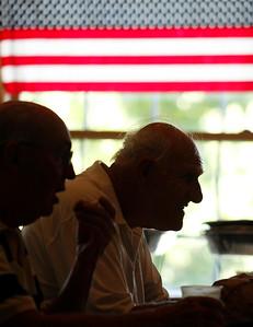 hnews_wed0916_Veterans_Salute_03