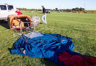 hnews_sat0903_Harvard_Balloon_Fest5.jpg