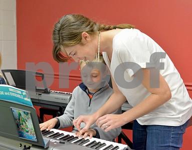 lnews-WheatonYamahaMusicSchool01-0929-WTL