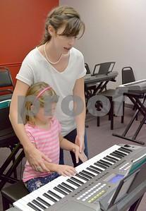 lnews-WheatonYamahaMusicSchool05-0929-WTL