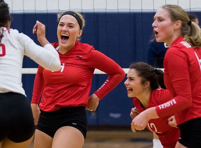 hspts_wed0906_VBALL_HUNT_CG_01.jpg