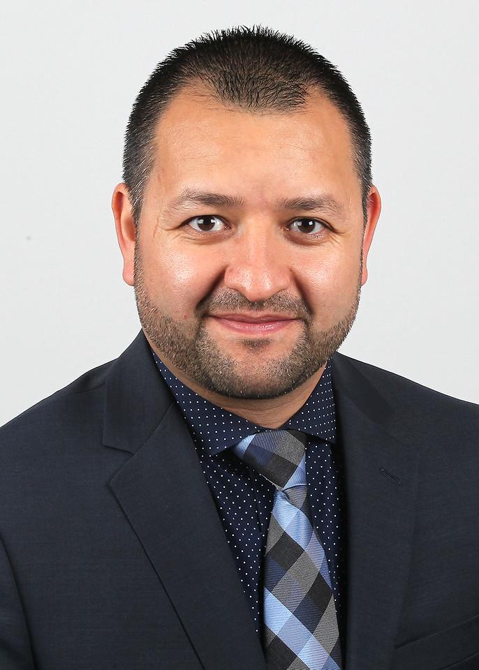 BU40_Arturo_Flores