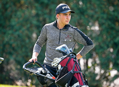 Prairie Ridge's, Dominic Leli waits to tee off on 18 during the Dundee-Crown Charger Boys Golf Invitational at Randall Oaks Golf Club on Saturday, 9/16/17 in West Dundee, Illinois. John Konstantaras photo for Shaw Media