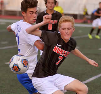 Dundee-Crown Huntley Soccer