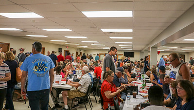 The weekly Queen of Hearts drawing at the McHenry VFW Post #4600 on Tuesday, Sep. 4, 2018 drew a large crowd.  Contestants are hopeful their ticket is chosen for the over 5.5 million dollar jackpot.