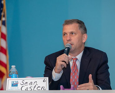 Democrat candidate for the 6th Congressional district, Sean Casten takes questions from the audience Monday, September 10, 2018 at a candidate forum held by the League of Women Voters at McHenry County College in Crystal Lake.  KKoontz – For Shaw Media