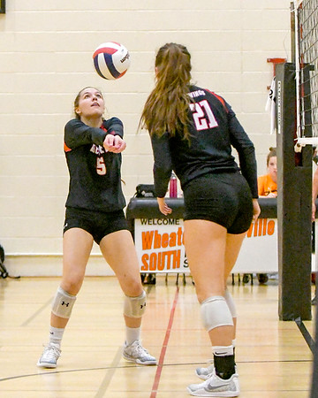 Benet Volleyball in Wheaton Classic Volleyball Tournament