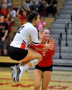 hspts_0912_Vball_CLC_HUNT