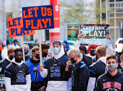 """Demonstrators gathered at the """"Let Us Play"""" rally in support of a return to high school sports on Saturday, September 19, 2020 at the James R. Thompson Center in Chicago, IL."""