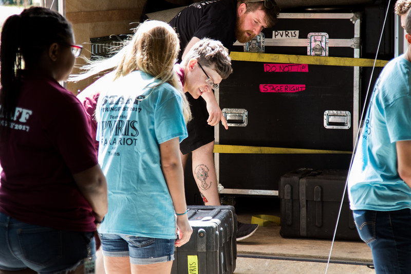 CUB unloading the PVRIS trailer