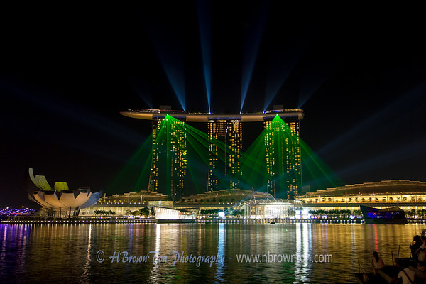 Amazing laser and light show of the Marina Bay Sands