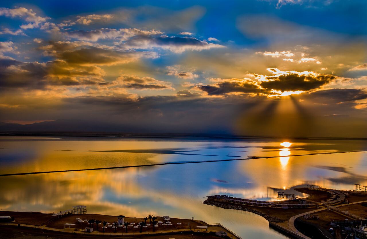 Sunrise colors reflections