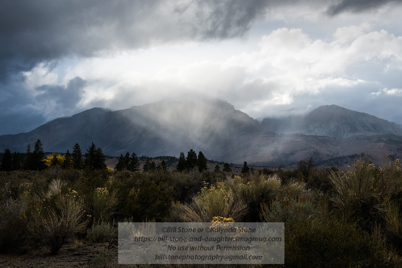 Snow and Rain fall on Eastern Sierra<br /> 10/29/2015 Bill Stone