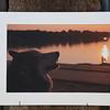 Abendstille 1<br /> cluster 19/1<br /> Papierdruck Hahnemühle Photorag<br /> 45x30<br /> Passepartout 60x40<br /> <br /> Hahnemühle Photo Rag ist das klassische Fine Art Papier. Es ist ein echtes Langsiebpapier aus reiner Baumwollfaser mit einer wunderbar matten, natürlich samtigen Oberfläche - die Referenz für hochwertige Naturpapiere mit seiner einzigartigen Inkjetbeschichtung