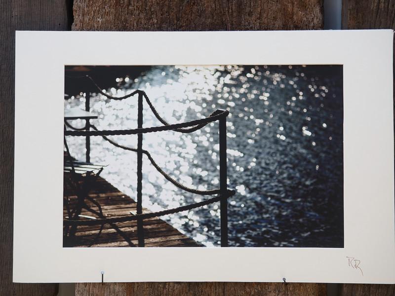 Nacht Traum<br /> cluster 7/1<br /> Papierdruck Hahnemühle Photorag<br /> 45x30<br /> Passepartout 60x40<br /> <br /> Hahnemühle Photo Rag ist das klassische Fine Art Papier. Es ist ein echtes Langsiebpapier aus reiner Baumwollfaser mit einer wunderbar matten, natürlich samtigen Oberfläche - die Referenz für hochwertige Naturpapiere mit seiner einzigartigen Inkjetbeschichtung.