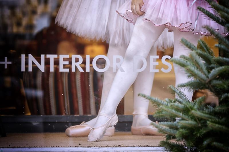 Window Dancers