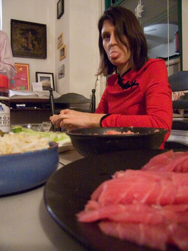 Lisa on sushi