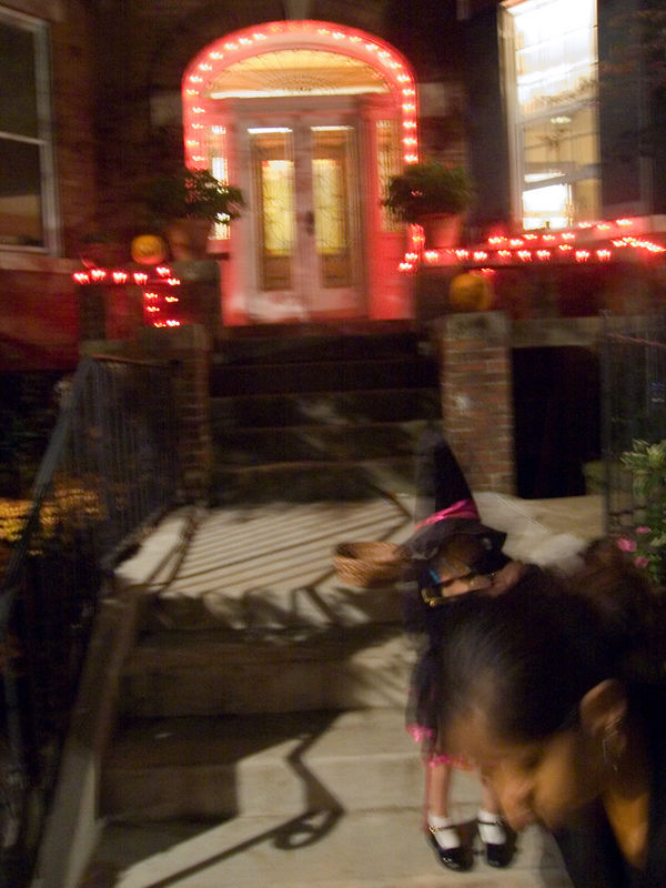 small witch, Lamont St NW