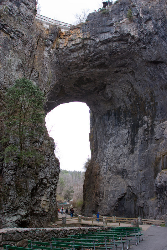 The excuse for all the surrounding schlock - the Natural Bridge.