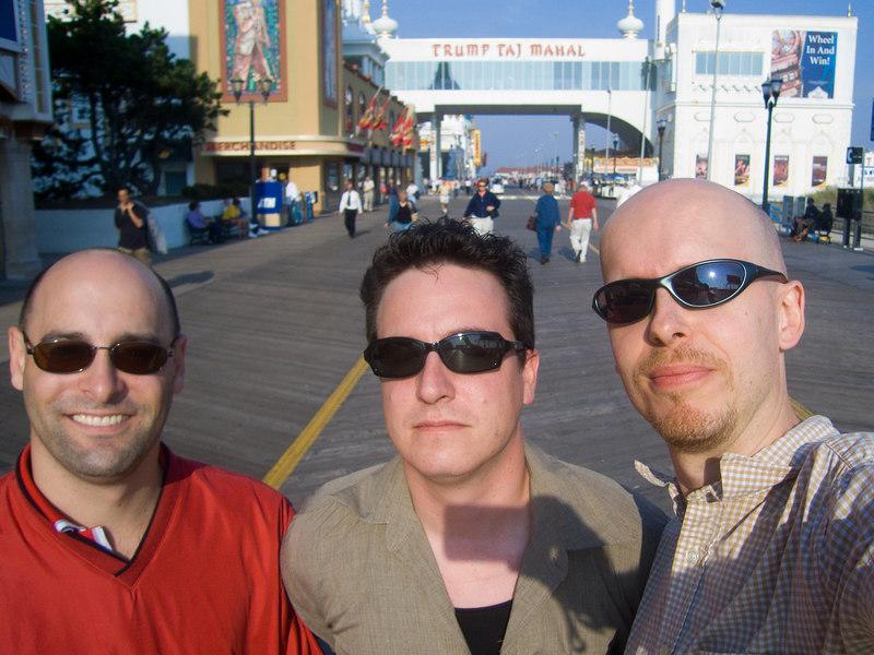 pablo, michael y jaime.