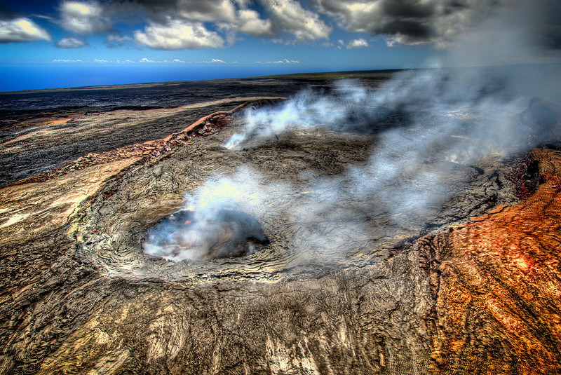 To close to shoot HDR.<br /> Hawaii active volcano.