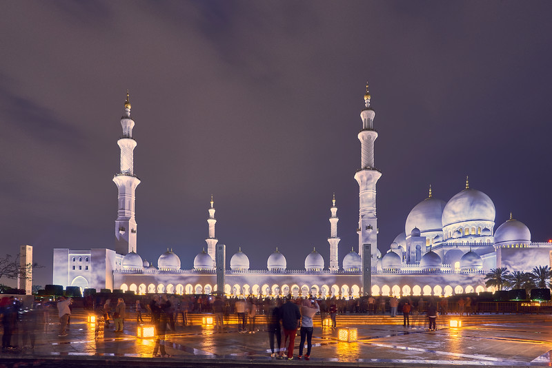 Night in Abu Dhabi