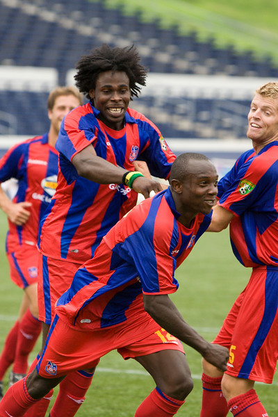 Matthew Mbuta celebrates Palace's first goal of the match