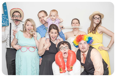 Anna+Caleb-Wedding-Photobooth-4