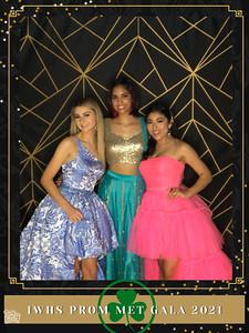 IWHS_Prom_Met_Gala_2021_photo_23