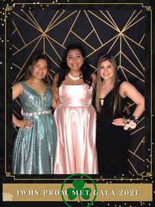 IWHS_Prom_Met_Gala_2021_photo_11