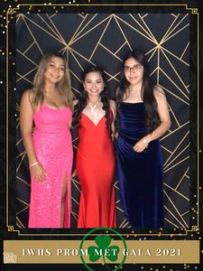 IWHS_Prom_Met_Gala_2021_photo_15
