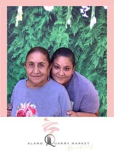 Alamo_Quarry_Market_Mothers_Day_photo_11
