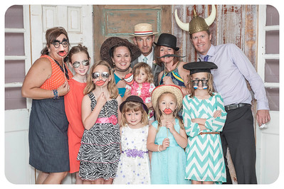 Lauren+Ben-Wedding-Photobooth-4