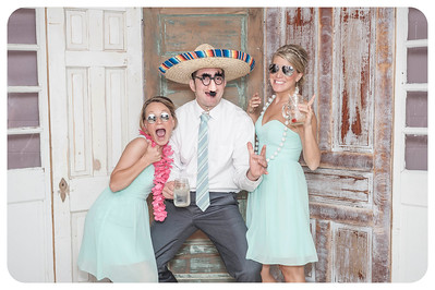 Lauren+Ben-Wedding-Photobooth-30
