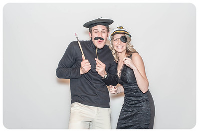 WDTN-CW-Holiday-photobooth-26