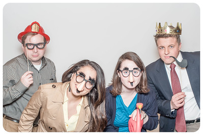 WDTN-CW-Holiday-photobooth-23