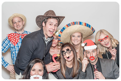 WDTN-CW-Holiday-photobooth-16