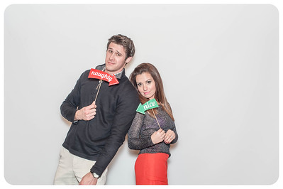 WDTN-CW-Holiday-photobooth-18