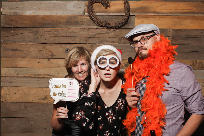 AmyAdamWeddingPhotobooth-0079