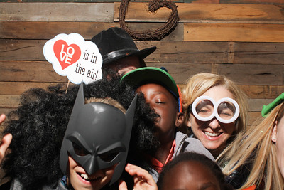 AmyAdamWeddingPhotobooth-0035