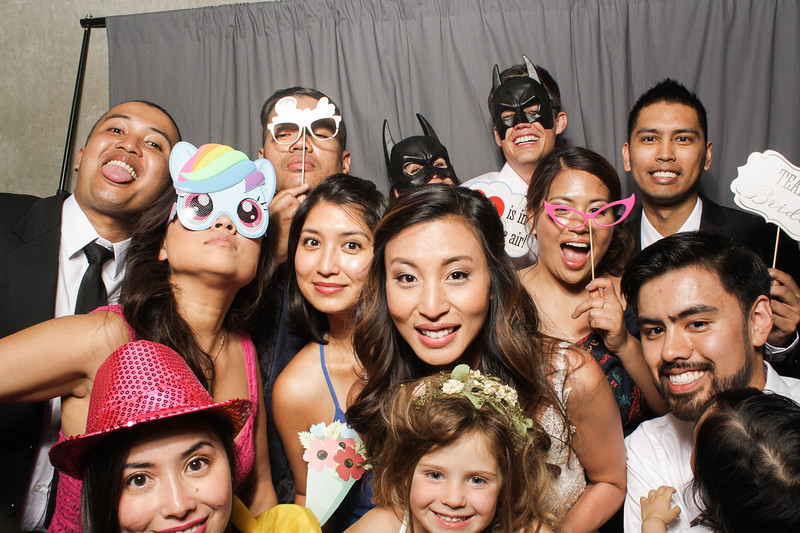 AnnaJasonWeddingPhotobooth-0069