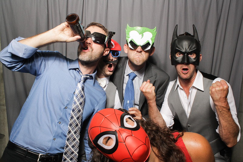 AnnaJasonWeddingPhotobooth-0058