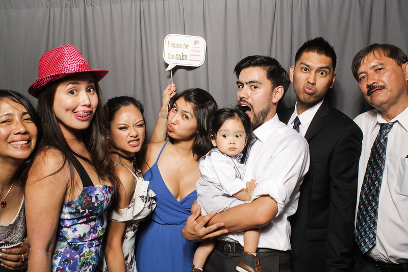 AnnaJasonWeddingPhotobooth-0076