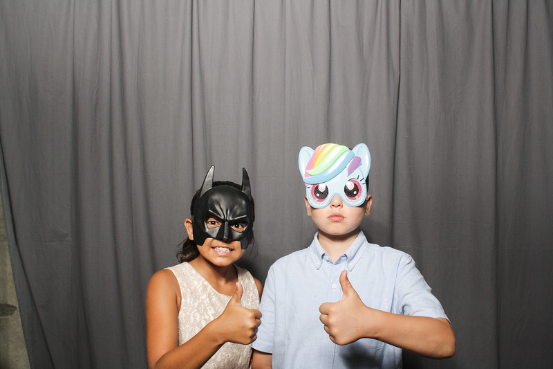 AnnaJasonWeddingPhotobooth-0107
